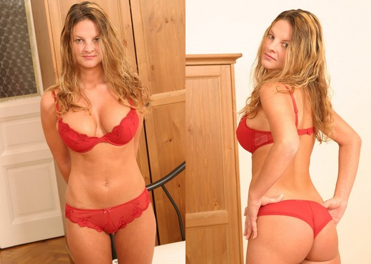 Denisa - Karup's Private Collection - Solo HD Gallery