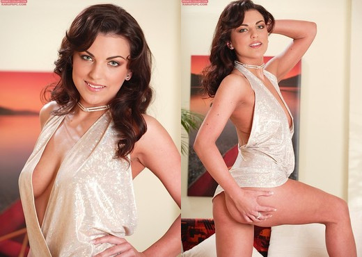 Anellita in her slutty party dress - Solo Image Gallery
