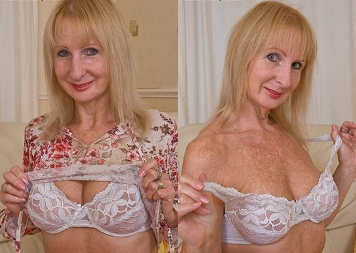 Poppy - Karup's Older Women - MILF Picture Gallery