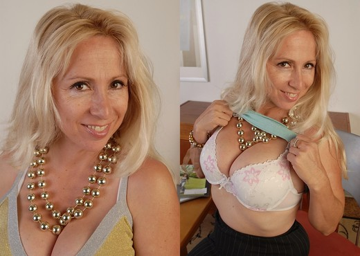 Heather - Karup's Older Women - MILF Sexy Gallery