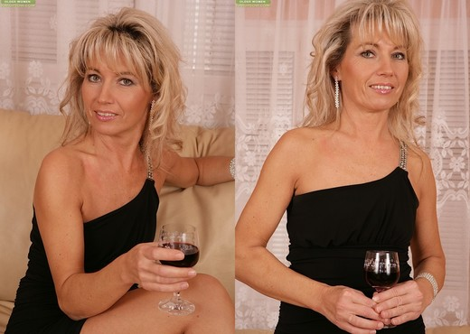 Janet Darling - Karup's Older Women - MILF Hot Gallery