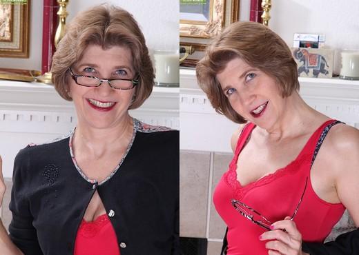 Bossy Ryder - Karup's Older Women - MILF Hot Gallery