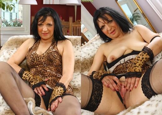 Reena - Karup's Older Women - Hardcore Nude Pics