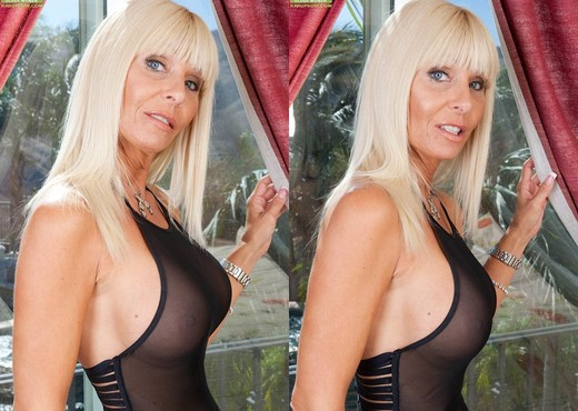 Kasey Storm - Karup's Older Women - MILF Porn Gallery