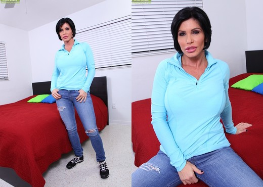 Shay Fox - Karup's Older Women - MILF Picture Gallery