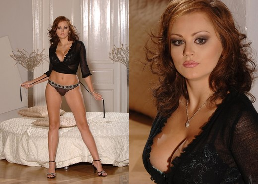 Janet - 1by-day - Solo Picture Gallery