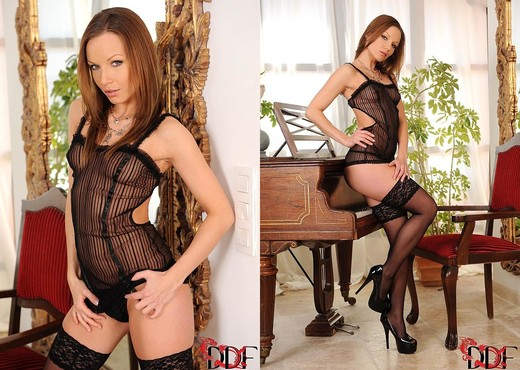 Allison - 1by-day - Toys Hot Gallery