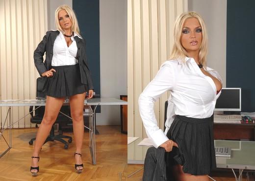 Ines Cudna - DDF Busty - Boobs Image Gallery