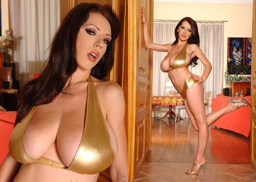 Merilyn Shekova - DDF Busty - Boobs Sexy Photo Gallery