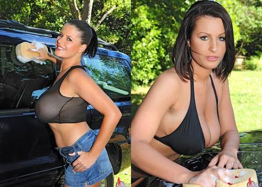 LaTaya Roxx, Maggie Green - Lesbian Sexy Gallery