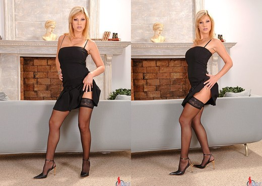 Carol - DDF Busty - Boobs Porn Gallery