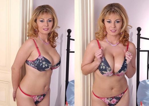 Constance Devil - DDF Busty - Boobs Nude Pics