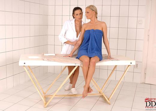 Sensual Jane & Sheila Grant - Lesbian Hot Gallery