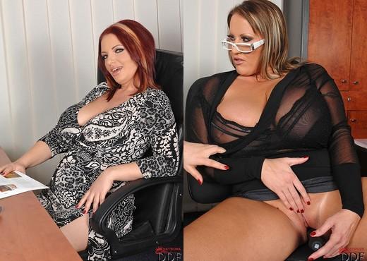 Joanna Bliss & Laura M. - Lesbian TGP