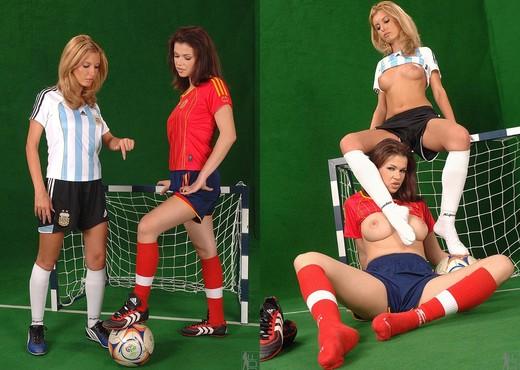 Eleanor & Virginiee - Euro Girls on Girls - Lesbian Nude Pics