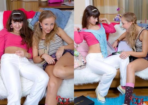 Niky Sweet - Euro Teen Erotica - Lesbian Sexy Gallery