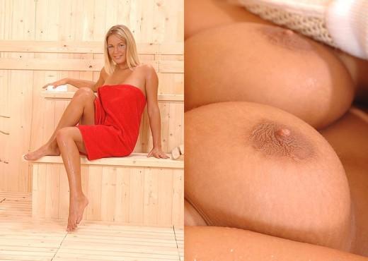 Donna - Euro Teen Erotica - Teen Sexy Gallery