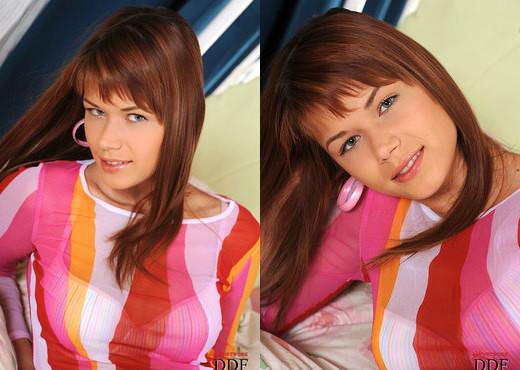 Kami - Euro Teen Erotica - Teen HD Gallery