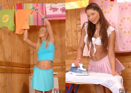 Deniska & Zafira - Euro Teen Erotica - Lesbian Nude Gallery