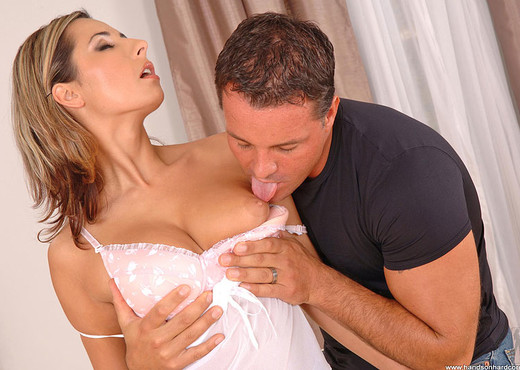 Daria Glower - Handson Hardcore - Anal HD Gallery