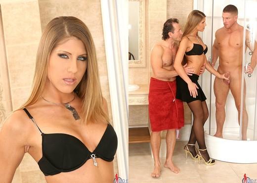 Jennifer Stone - Handson Hardcore - Hardcore Sexy Photo Gallery