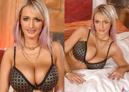Jannete - Only Blowjob - Blowjob Nude Pics