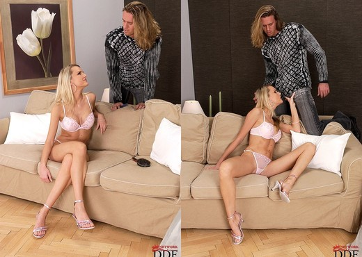 Katia - Only Blowjob - Blowjob Sexy Photo Gallery