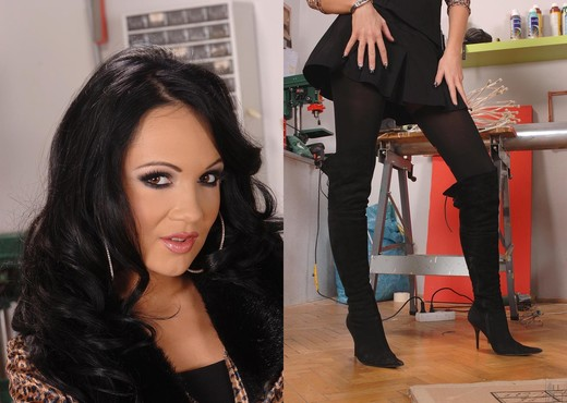 Regina moon - Hot Legs and Feet - Feet Sexy Gallery