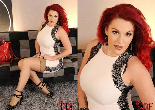 Redhead pornstar Paige Delight fucked hard on her office table  460739