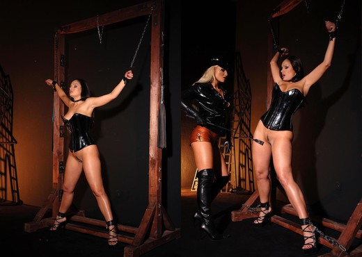 Aria Giovanni & Kassey Krystal - BDSM Sexy Photo Gallery