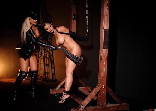 Aria Giovanni & Kassey Krystal - BDSM HD Gallery