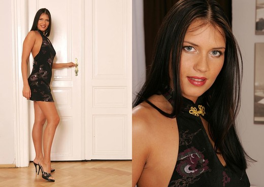 Veronica da Souza - House of Taboo - Solo Image Gallery