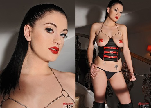 Brook Scott - House of Taboo - Toys Sexy Photo Gallery