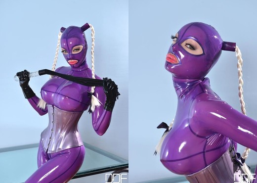 Latex Lucy - House of Taboo - Toys Nude Pics