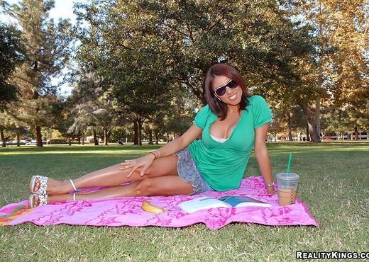 Dollce - Study Date - 8th Street Latinas - Latina Nude Pics