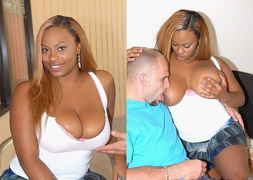 Tori - Titties On Tori - Big Naturals - Ebony Hot Gallery