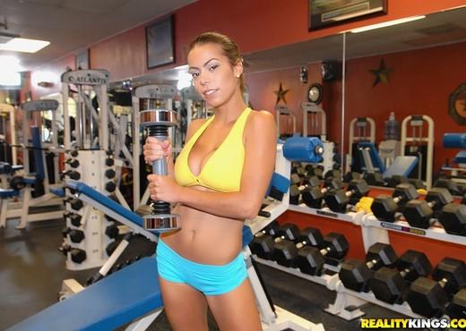 Jasmine - Super Shakers - Big Naturals - Boobs Nude Pics