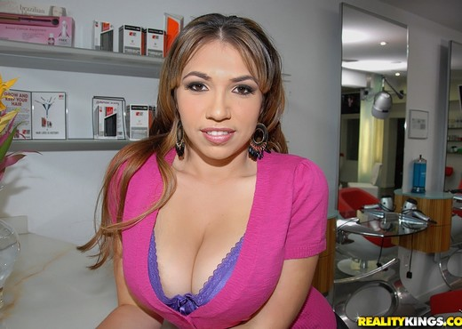 Halie - Sex In The Salon - Big Naturals - Boobs Porn Gallery