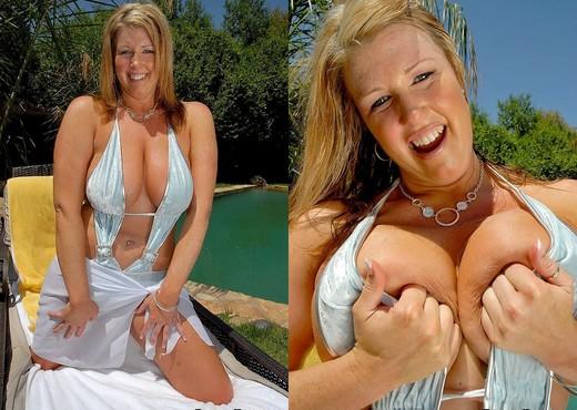 Zoey - Breastacular - Big Naturals - Boobs Porn Gallery