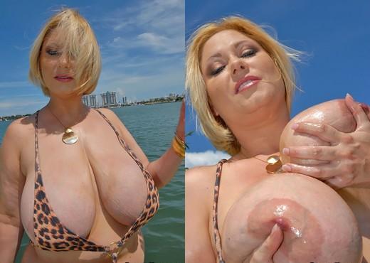 Samantha - Boobie Monster - Big Naturals - Boobs HD Gallery