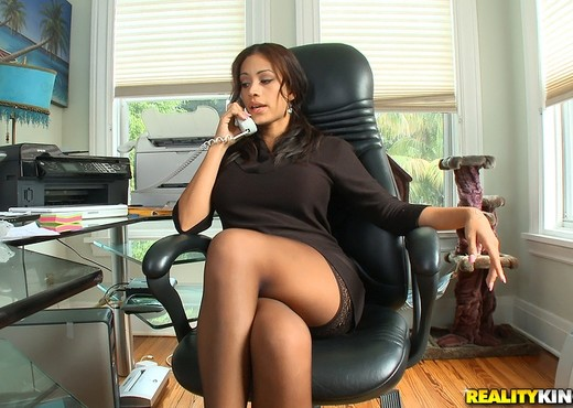 Jamie Valentine - Birthday Boss - Big Tits Boss - Boobs Porn Gallery