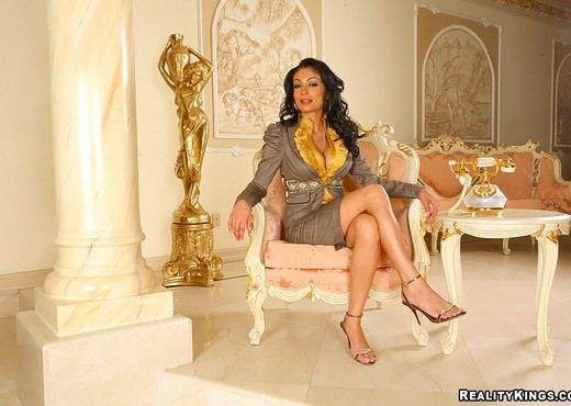 Persia Pele - Pretty Persia - Big Tits Boss - Boobs Image Gallery