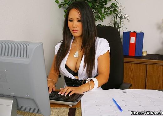 Jessica Bangkok - Office Break - Big Tits Boss - Boobs HD Gallery