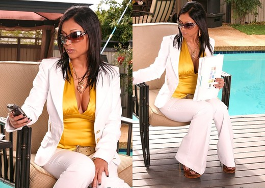 Priya - Business Affairs - Big Tits Boss - Boobs Nude Gallery