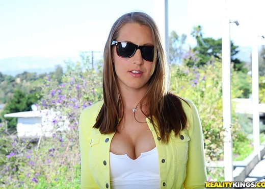Lizzy London - Lusting For Lizzy - Cum Fiesta - Hardcore Image Gallery