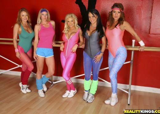 Diamond, Genna, Janet, Mariah & Raquel - Ten Titties - CFNM - Hardcore Hot Gallery