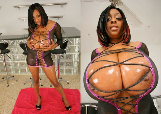 Carmen Hayes - Boobs Ahoy - Extreme Naturals - Ebony Image Gallery