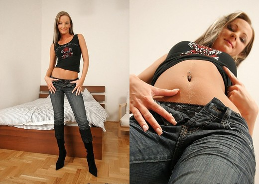 Olga Cabaeva & Missy - Warm Comfort - Euro Sex Parties - Hardcore Picture Gallery