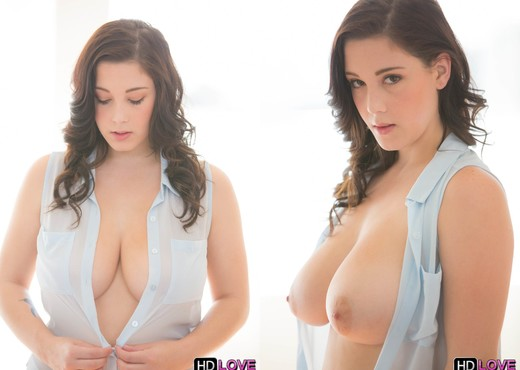 Noelle Easton - Ohh Noelle - HD Love - Hardcore Nude Pics
