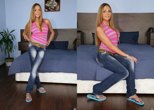 Amy - Sweet Pink Lace - Mike's Apartment - Anal Sexy Photo Gallery